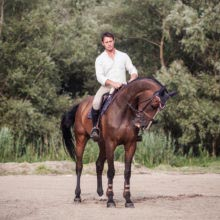 James Wingrave storytelling dokumentarista portré portrait lovas fotózás branded content díjugrató documentary horse photography