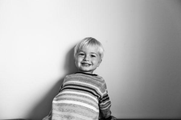 Storytelling documentary child children family photographer European dokumentarista család baba gyerek történetmesélő fotózás fotós boncsér orsolya